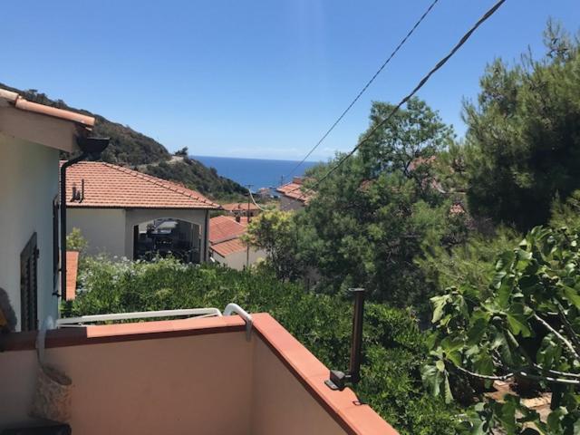 Appartement Casa Tina (Italië Pomonte) - Booking.com