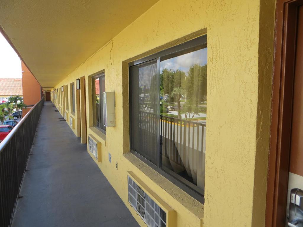 Budget Inn Of Orlando, FL - Booking.com