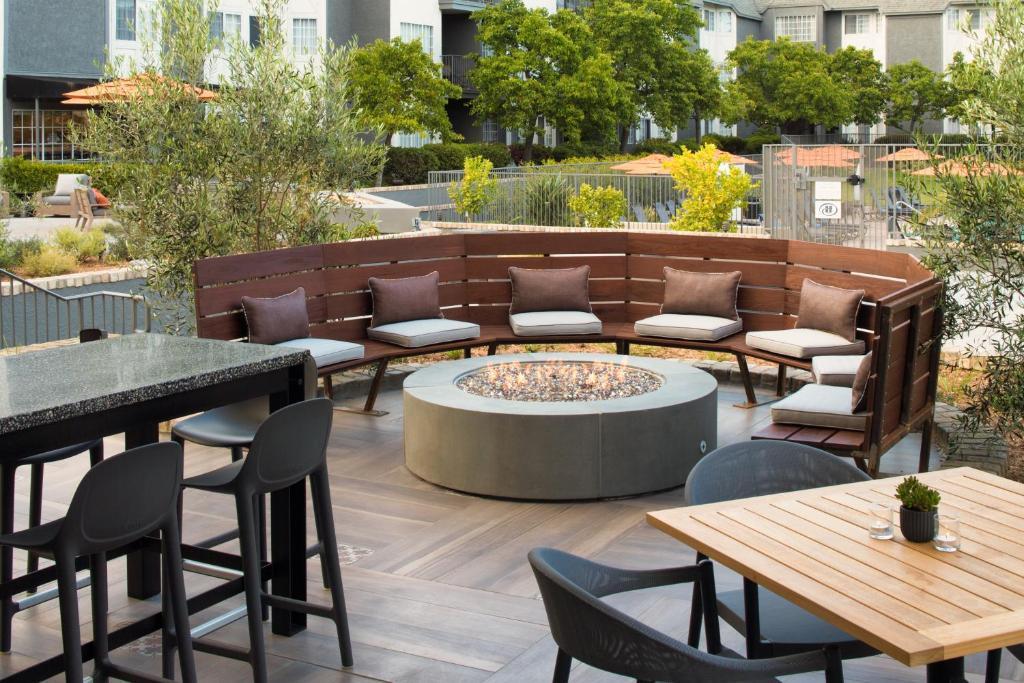 Hilton San Diego/Del Mar, San Diego – Precios actualizados 2018