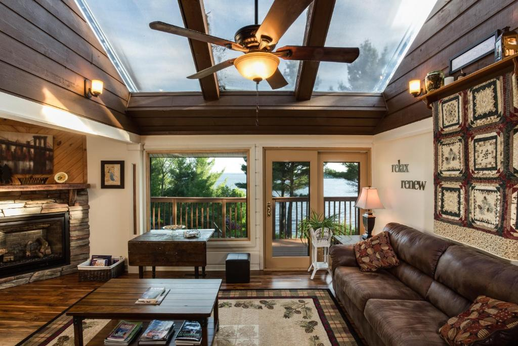 Inn On Lake Wissota Chippewa Falls Wi Bookingcom