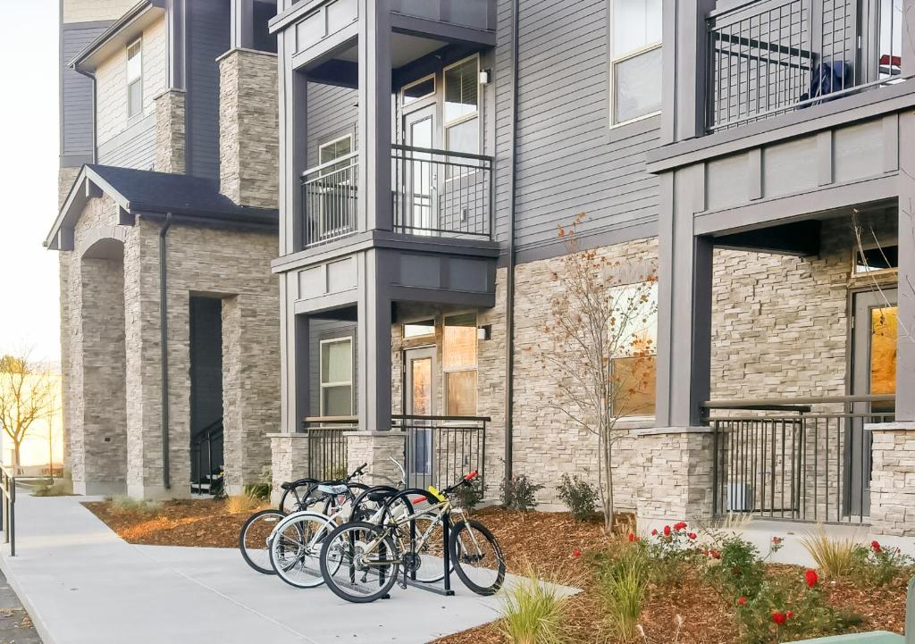 Apartment The District at Parkcenter 2 Bed/2, Boise, ID ...