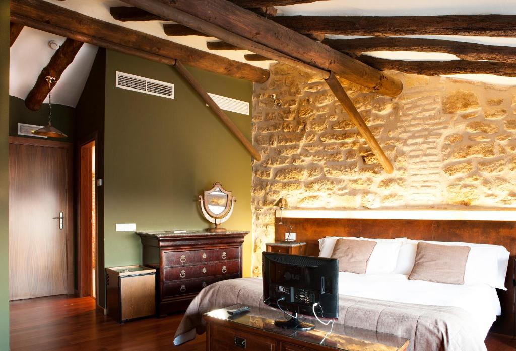 boutique hotels in calaceite  34