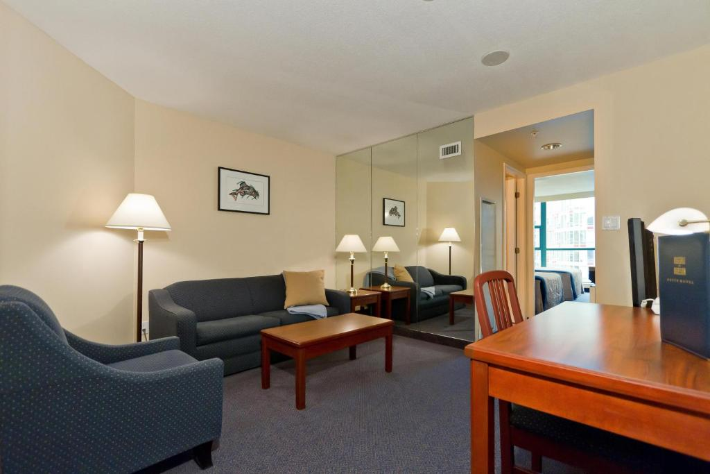 Rosedale on Robson Hotel (Kanada Vancouver) - Booking.com