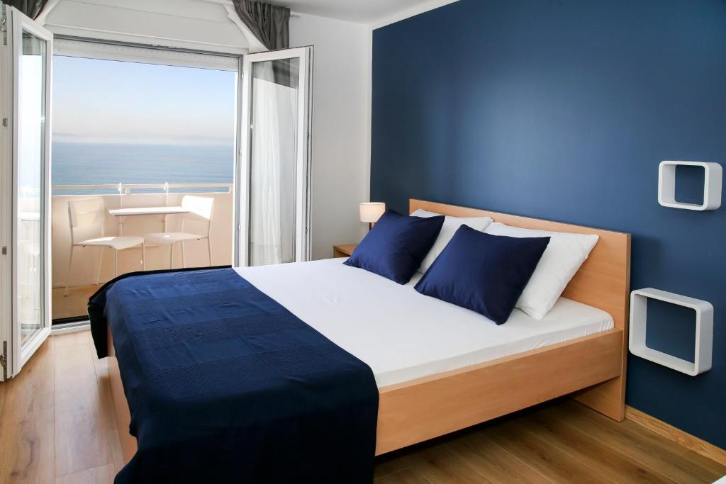 bed and breakfast beach rooms split podstrana croatia booking com rh booking com pictures of rooms with hardwood floors pictures of rooms in the white house