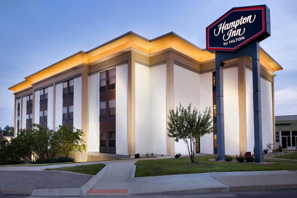 Hampton Inn St Joseph Saint Joseph USA Deals From For - St joe post booking activity