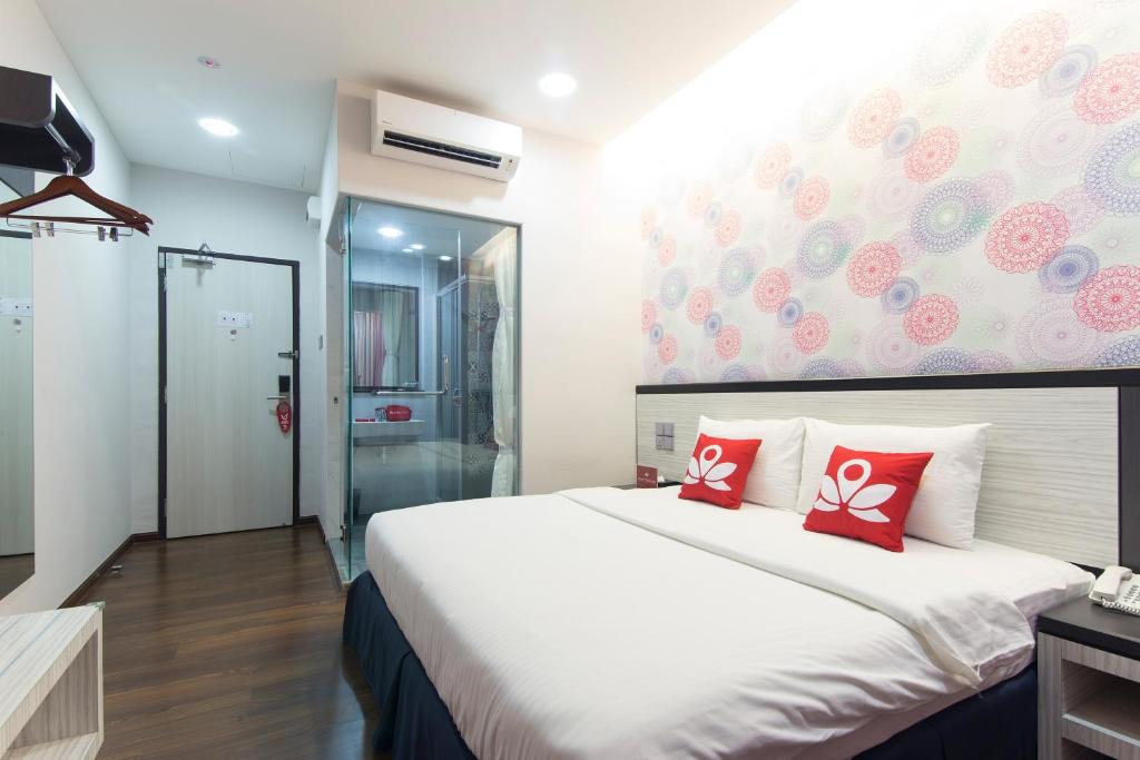 Hotel Zen Rooms Near Lost World Of Tambun Malaysia Ipoh Booking Com