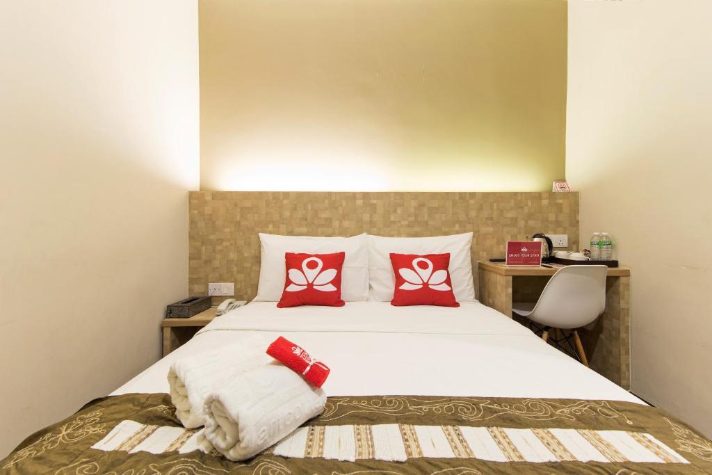 Katil atau katil-katil dalam bilik di ZEN Rooms Medan Ipoh