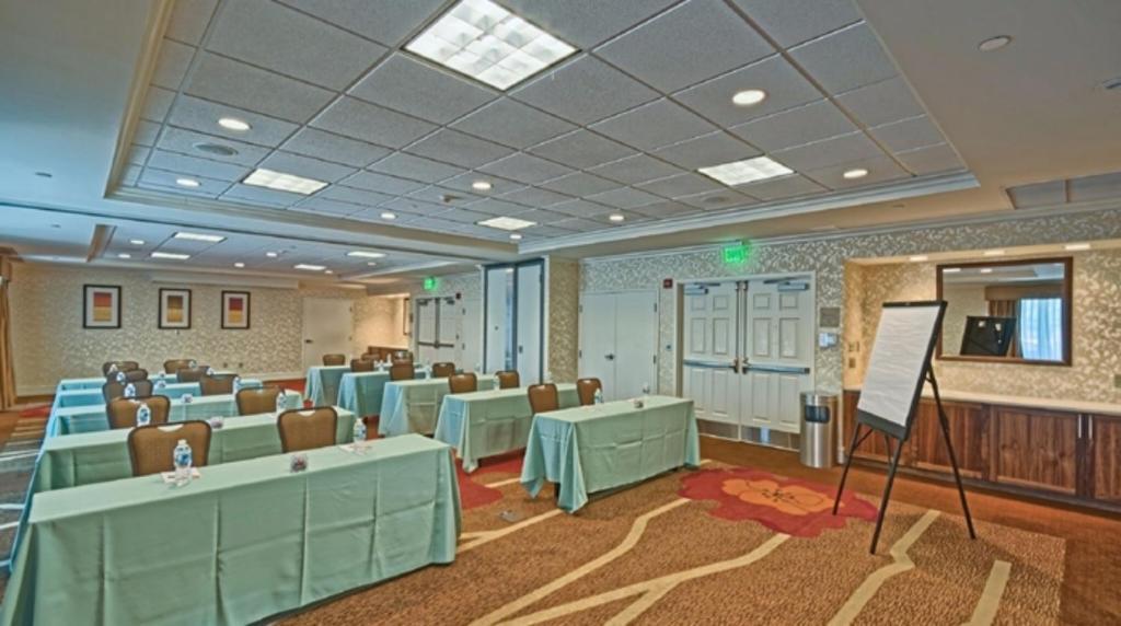 Hilton Garden Inn Mount Laurel NJ Bookingcom