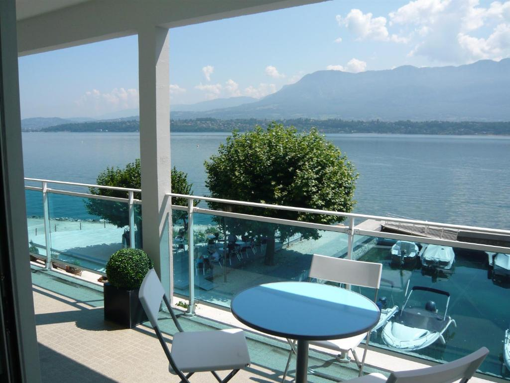 Apartment Les Suites du Port, Le Bourget-du-Lac, France - Booking.com