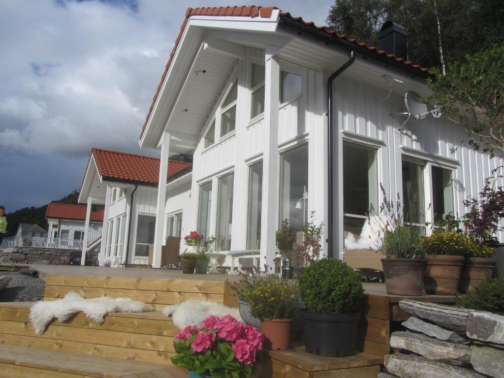 Vacation Home Fjordview Sunset Trolltunga Hardanger