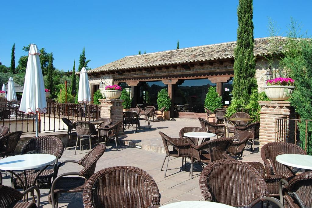 boutique hotels in toledo  18