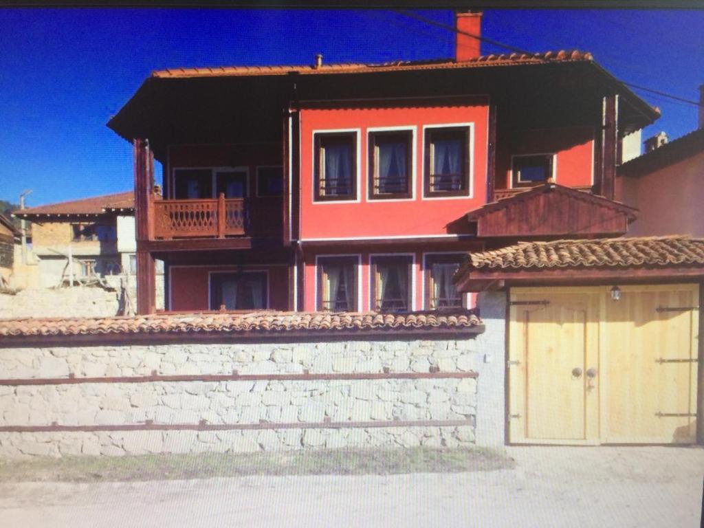 Къща за гости Guest House Romantika - Копривщица