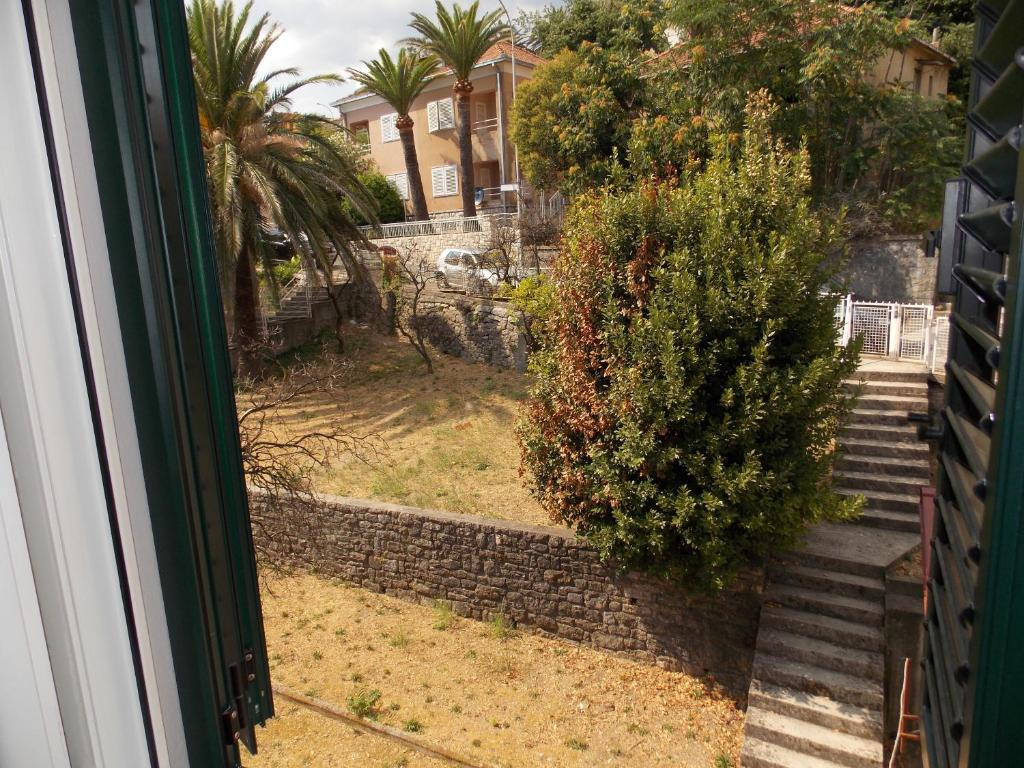 La Forest Apartments, Herceg-Novi, Montenegro - Booking.com