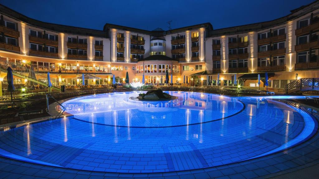 Hotel Mit Therme