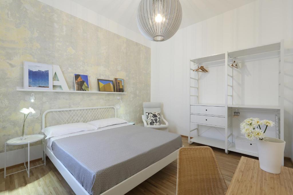 Arredamento low cost roma fabulous soggiorno conforama for Arredamento low cost milano