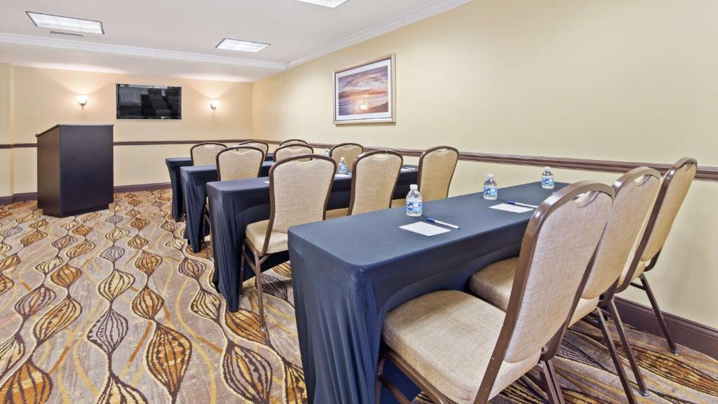 Best Western Palm Beach Lakes Reserve Now Gallery Image Of This Property