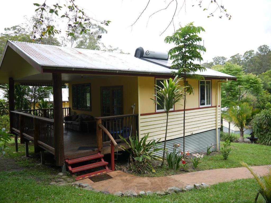 hotel teretre cabins nimbin australia booking com
