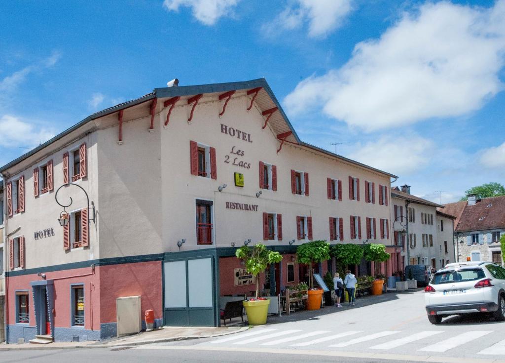 Clairvaux-les-Lacs City