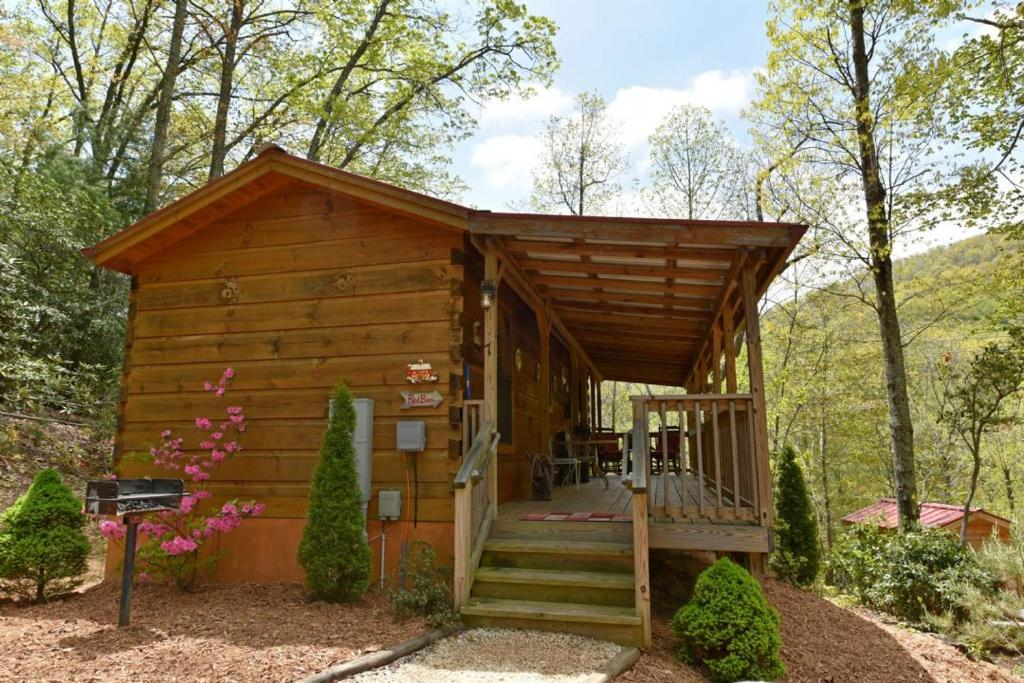 asheville cabin barn booking image com red us nc cabins gallery of hotel property vacation this in home