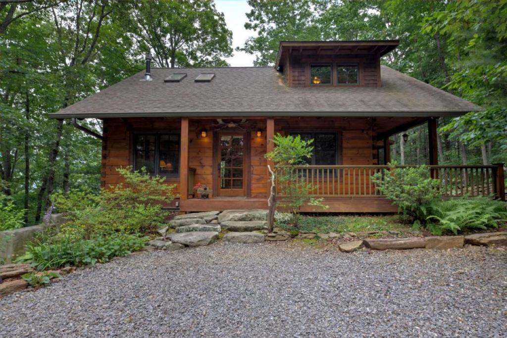 romantic cabin nc rentals asheville at cabins place the fairview my cove in