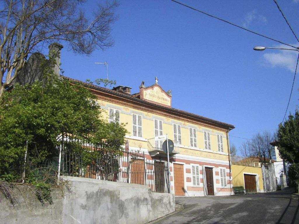Nearby hotel : Antica Casa Nebiolo