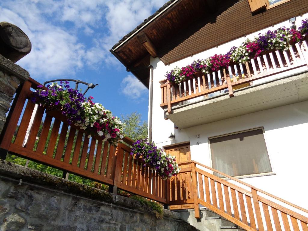 Apartment Casa Elvis La Thuile Italy Bookingcom