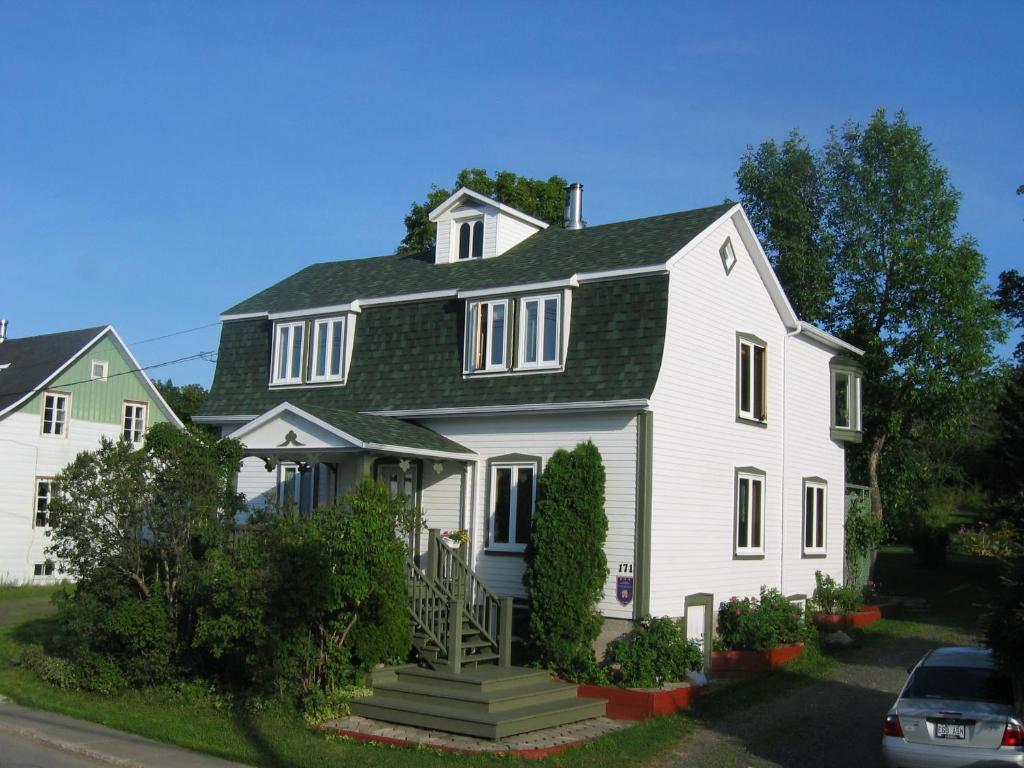 Apartment Maison du Photographe, Bic, Canada - Booking.com