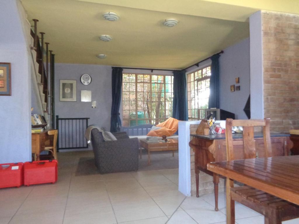 Adults dating classifieds zimbabwe bulawayo accommodation