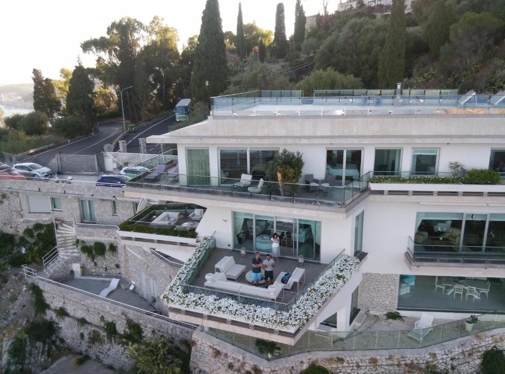 Bed and Breakfast Maison Blanche Taormina, Italy - Booking.com