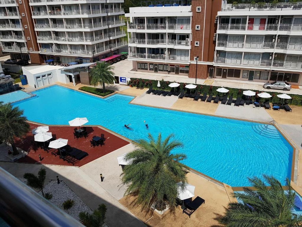 Grand Beach Condo I Unit A207, Mae Pim, Thailand - Booking.com