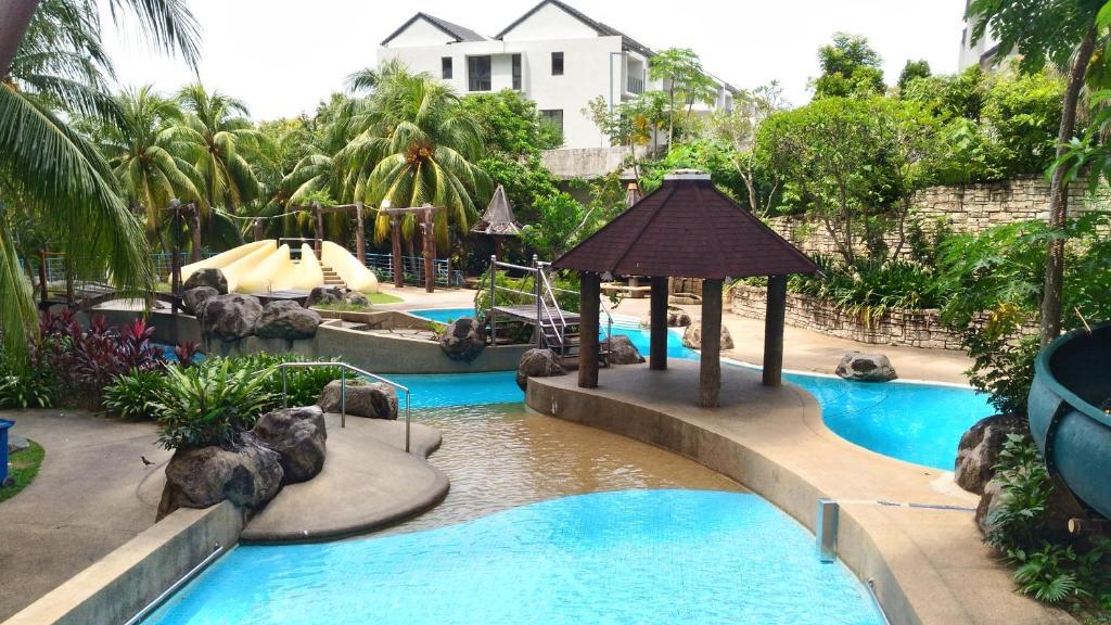 16 Photos Close X Evergreen N Park Resort Homestay