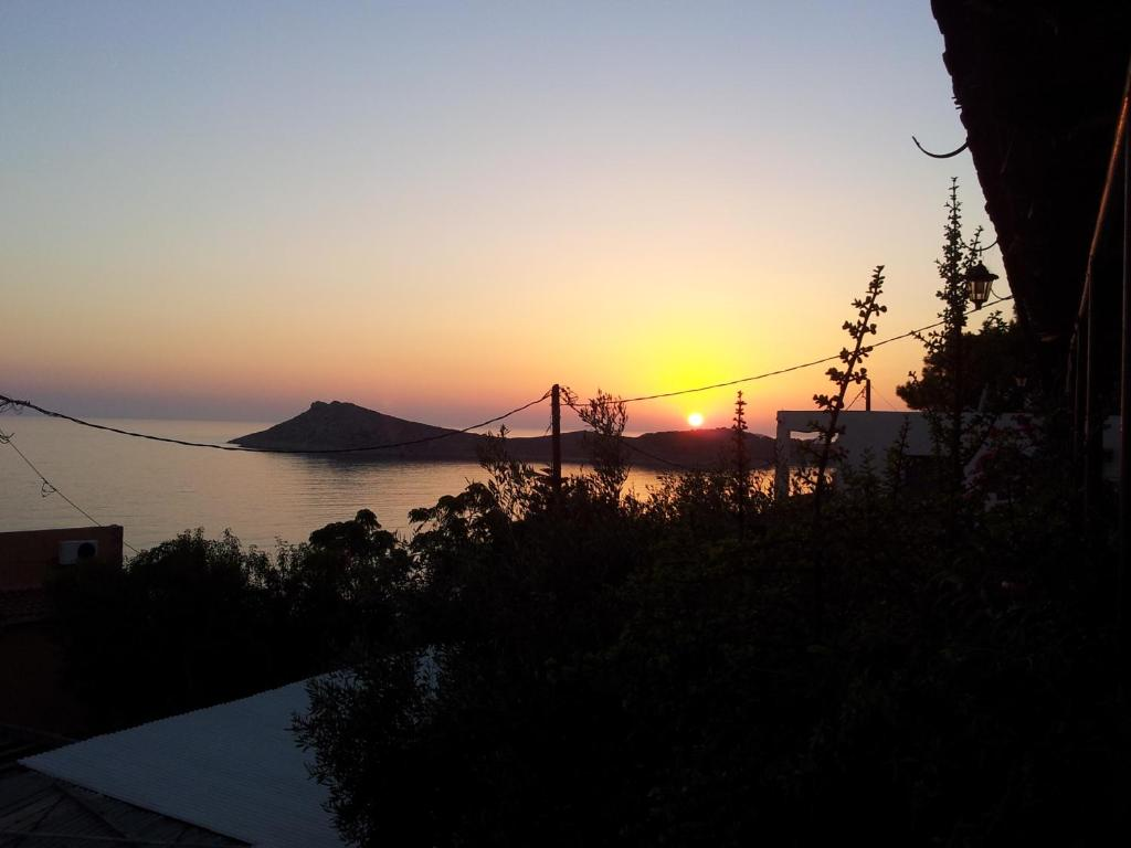 108152658 - Sunset