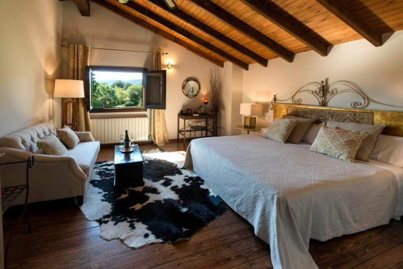 boutique hotels in cuacos de yuste  9
