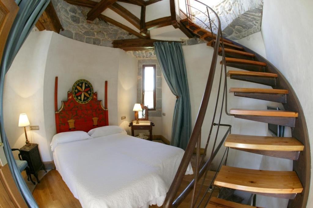 boutique hotels in gautegiz arteaga  9