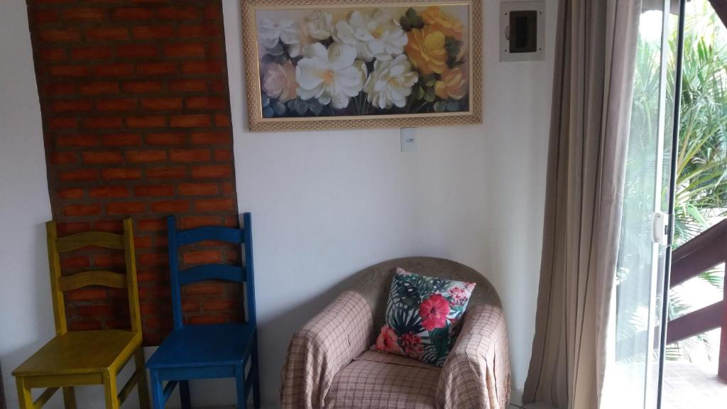 A seating area at Apart Luis