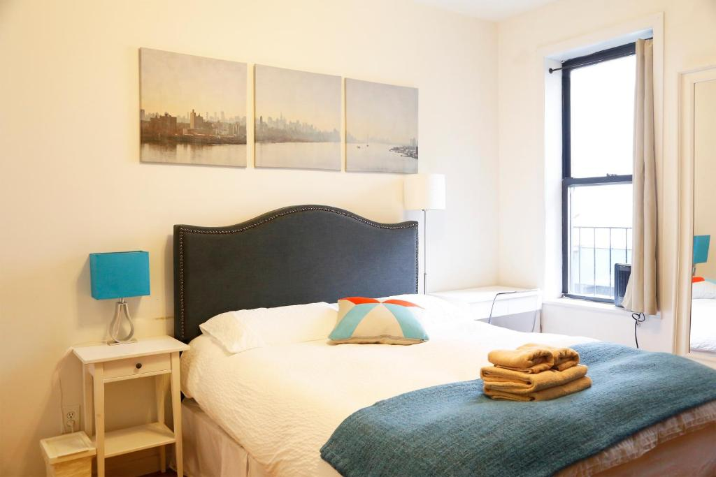 Times Square West One Bedroom Apartment, New York City, USA (deals ...