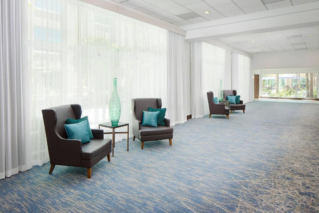 doubletree by hilton los angeles/commerce, commerce, usa - booking