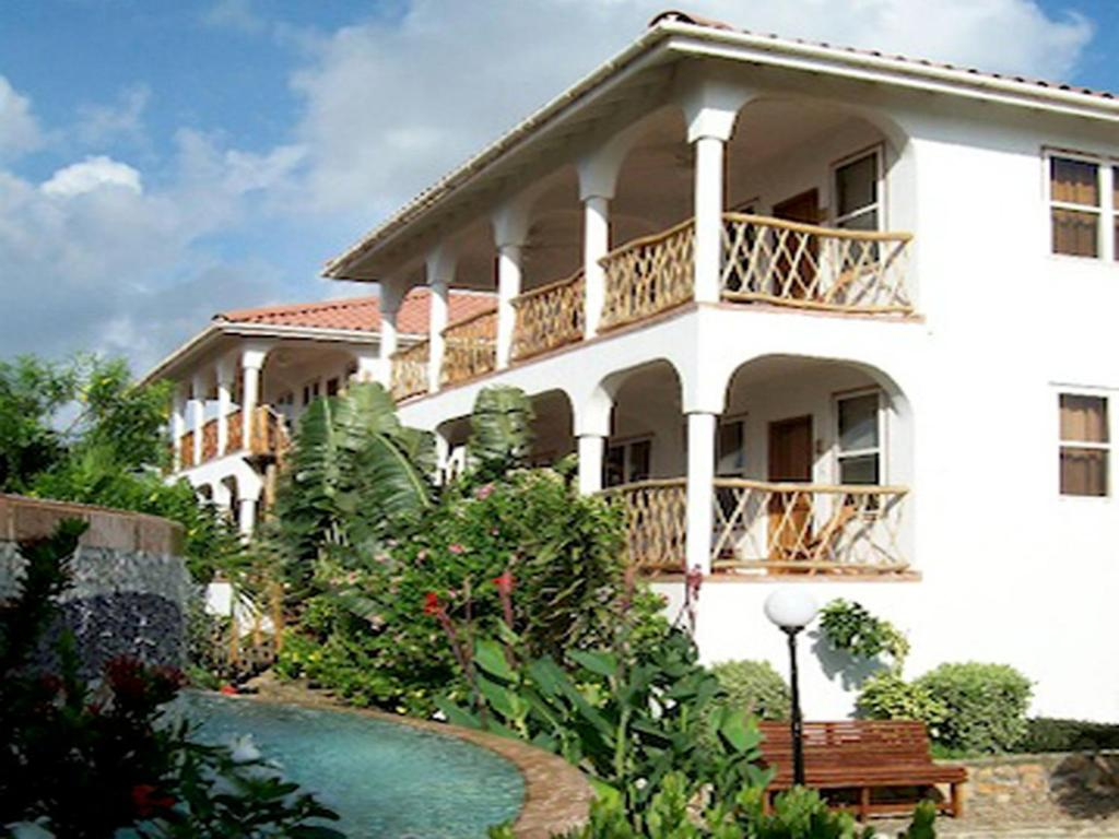 Conch Shell Villa One Bedroom Maya Beach Belize Bookingcom - Conch-shell-house