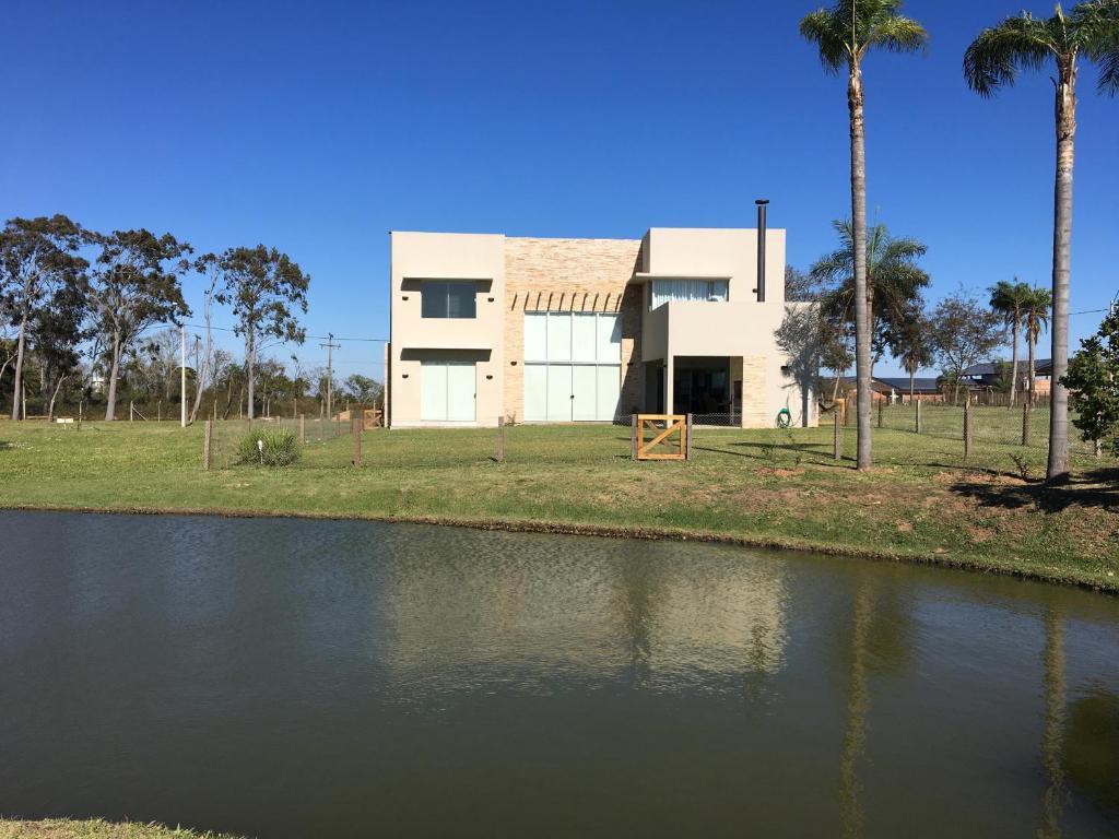 Casa en aqua village san bernardino paraguay - Casa en paraguay ...