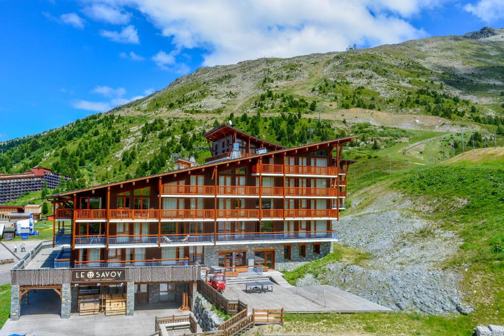 chalet neiges cime arcs francia arc 2000 booking