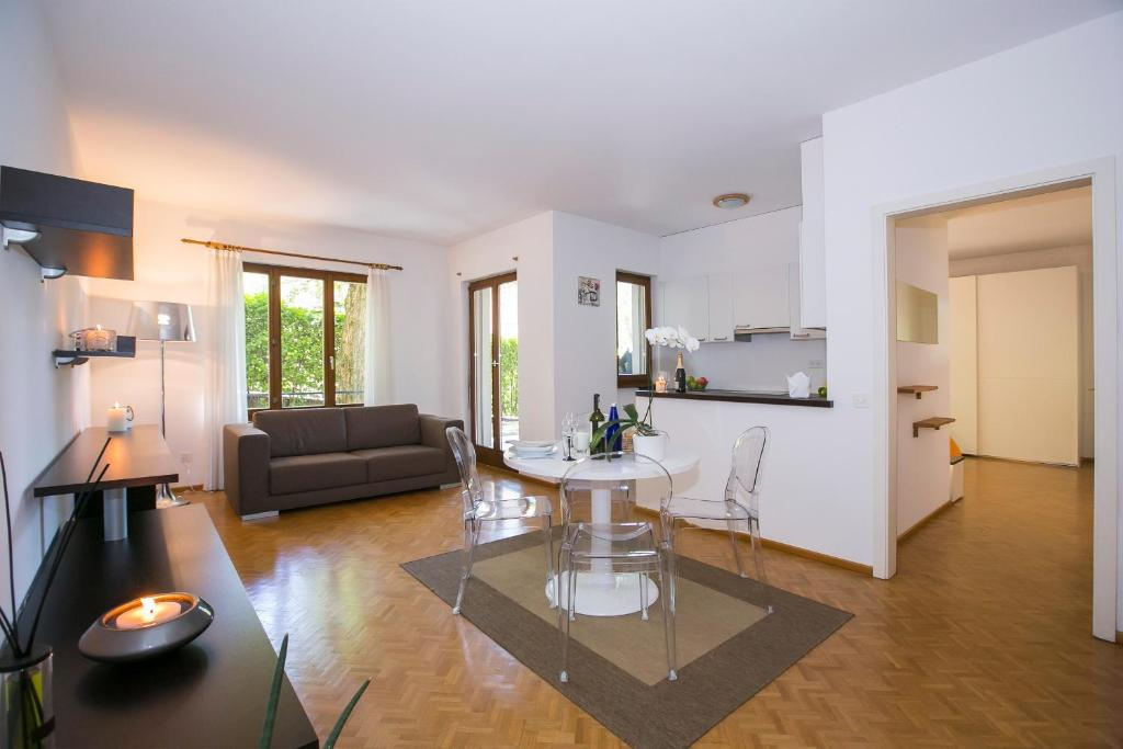 Camere Familiari Lugano : Dream house lugano u prezzi aggiornati per il