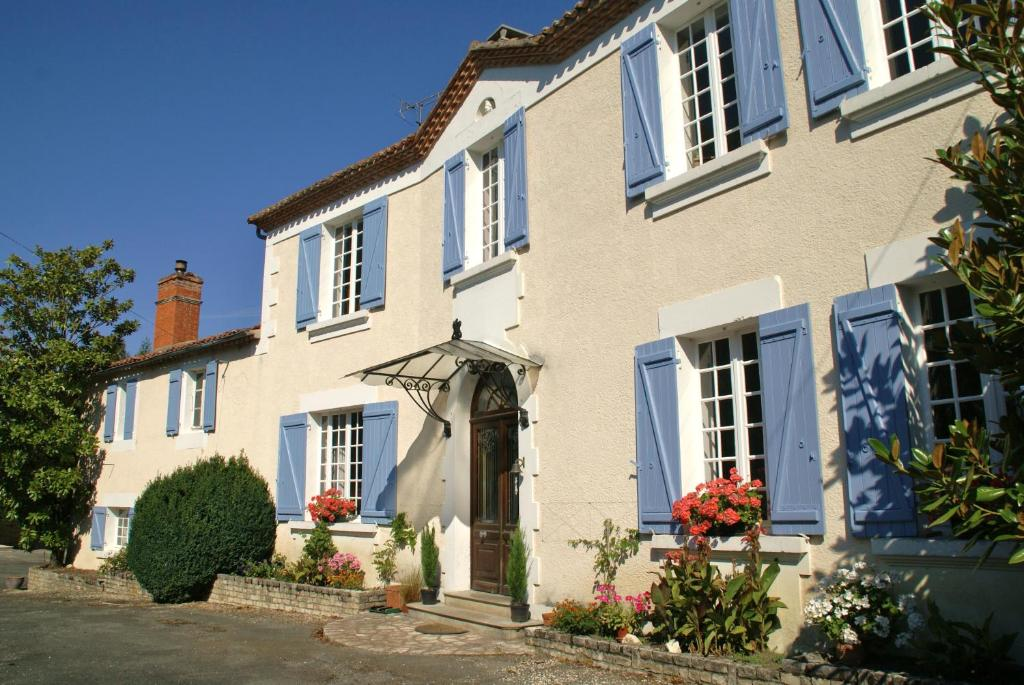 Apartments In Nonac Poitou-charentes