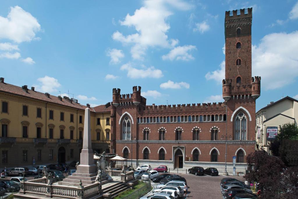 Apartment Castello Medici del Vascello, Asti, Italy - Booking.com