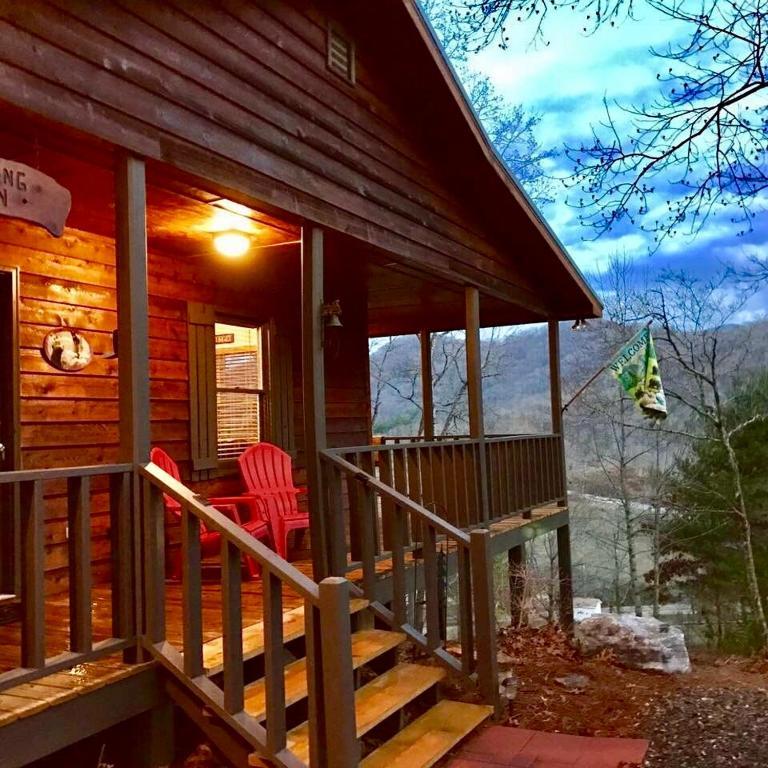 Vacation Home Windsong Cabin Hiawassee Ga Booking Com