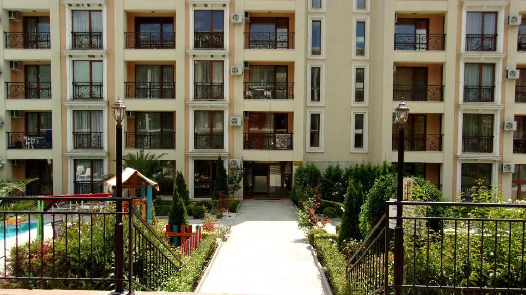 Апартамент Relax Апартаментs Astoria - Елените