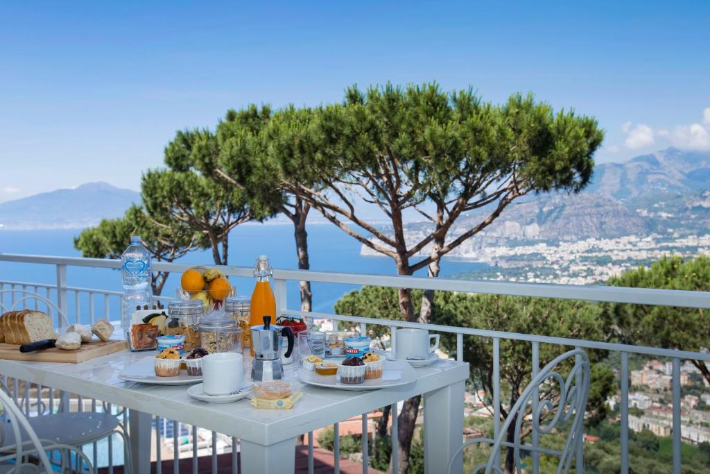 Residence Le Terrazze, Sorrento – Updated 2018 Prices