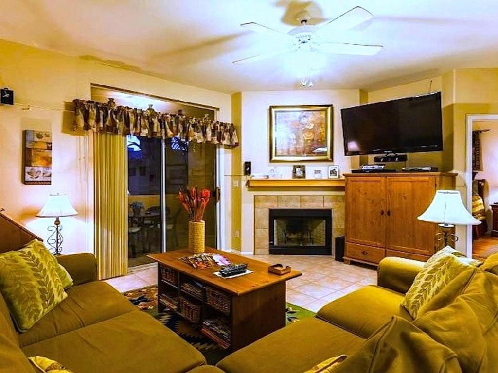 Vacation Resort Oasis with Mountain Views!, Phoenix, AZ - Booking.com
