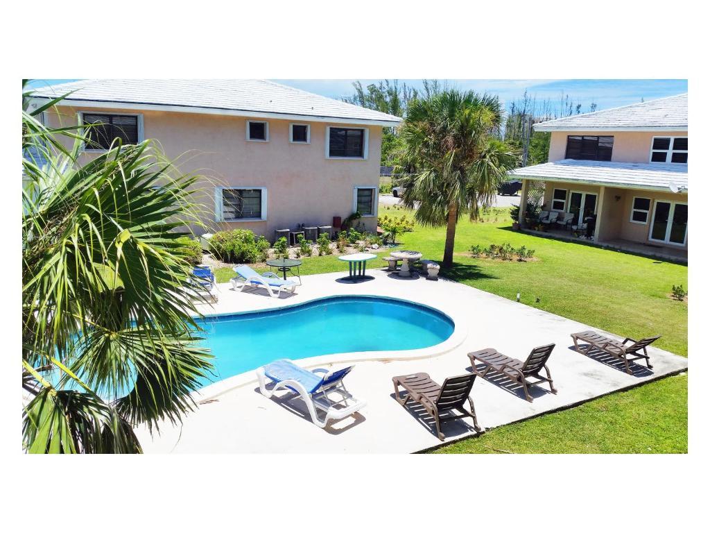 8 Villa Martinique Freeport Bahamas Bookingcom