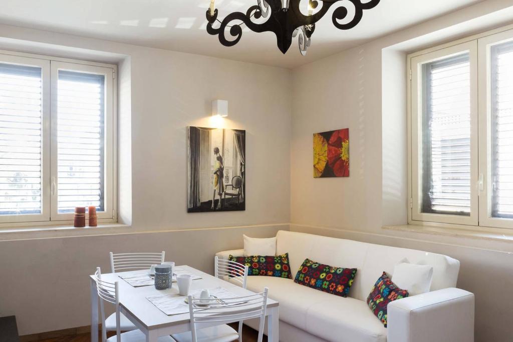 Apartment Four T Home, Catania, Italy - Booking.com