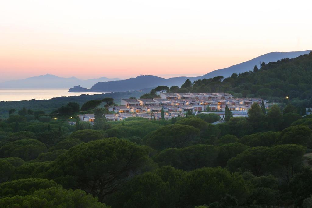 Bagno Balena Castiglione Della Pescaia Prezzi : Residence solemaremma castiglione della pescaia u prezzi